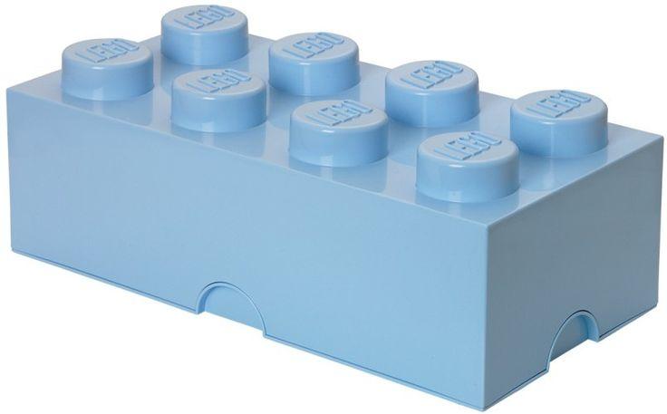 Slingert er veel LEGO rond op jouw slaapkamer? Dan is deze grote LEGO opbergbox de oplossing. In deze grote licht blauwe LEGO steen past heel veel LEGO of ander speelgoed. De steen is stapelbaar met alle andere LEGO brick varianten net als echte LEGO blokjes. Afmetingen: (L x B x H) 50 x 25 x 18 cm.  - Opbergbox Lego: brick 8 licht blauw