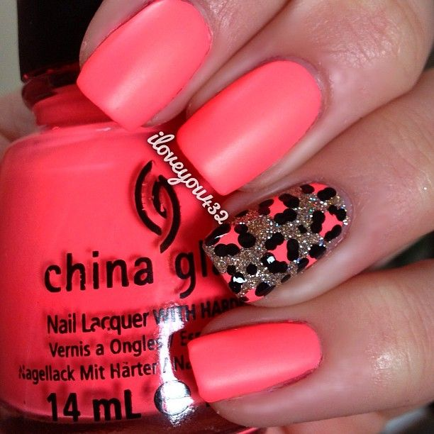 Flip Flop Fantasy by China Glaze .Nail Art. Nail Design. Nails. Nail Polish. Leopard nails. Pink.
