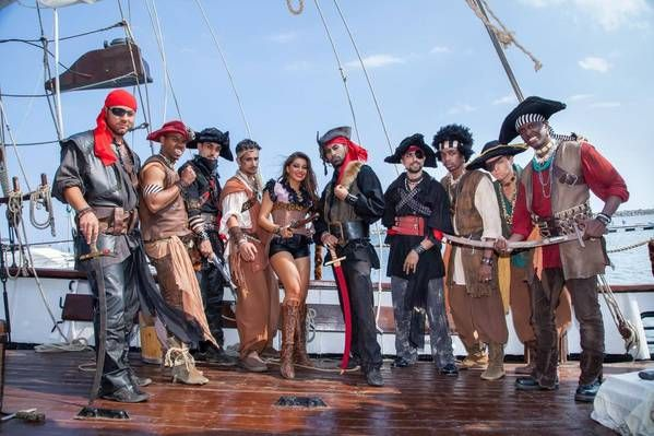 WATCH: Mandinga releases pirate video for Ce poveste