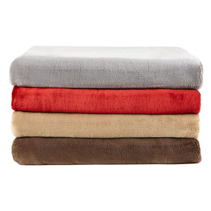 wholeHome®/MD Solid Plush Throw