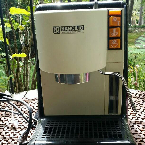 Rare Vintage Rancilio Miss Rancilio Espresso Machine. Boiler and group head works well and steam wand does too. It is missing portafilter. This is a very rare machine and great for Rancilio enthusiasts or collectors. The machine will arrive primed and ready. All you need is a portafilter.