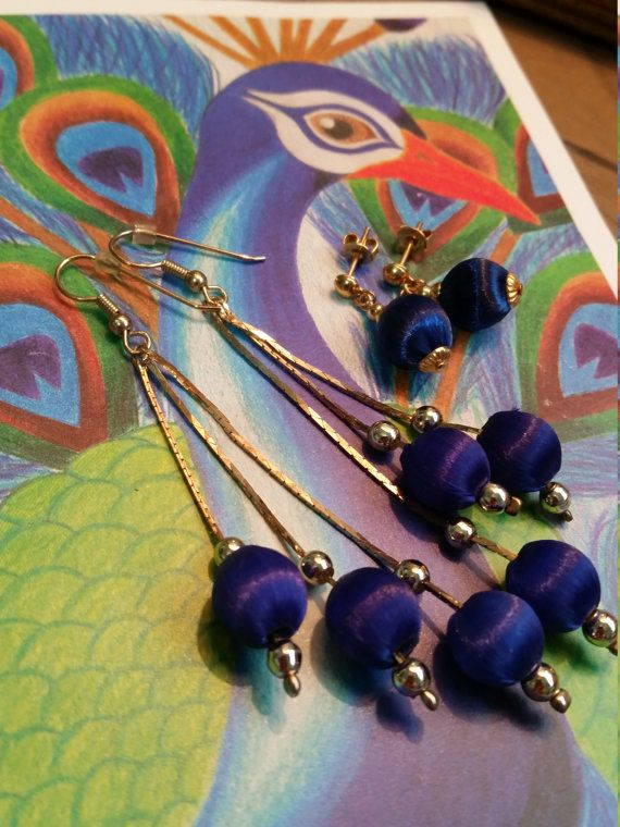 Check out this item in my Etsy shop https://www.etsy.com/listing/267268949/retro-royal-blue-silk-thread-set-of-two