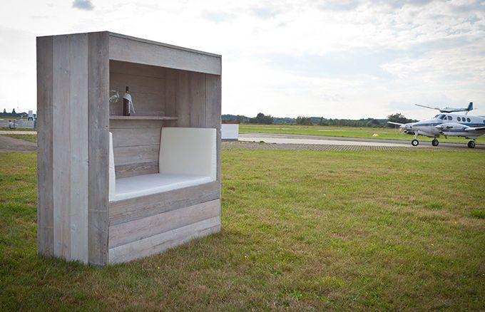 Edle Lounge Koje aus Holz für zwei Personen » WITTEKIND