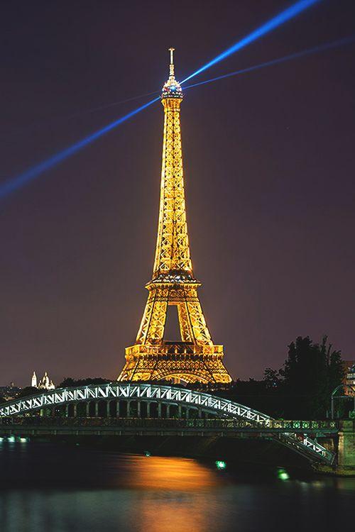 Paris Pulsar   La Beℓℓe ℳystère