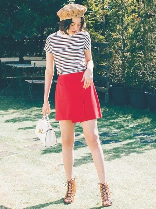 スカート人気がぐんぐん上昇中! 2大ボトムス・台形ミニ&フレアロングの最旬着こなし法|NET ViVi|講談社『ViVi』オフィシャルサイト