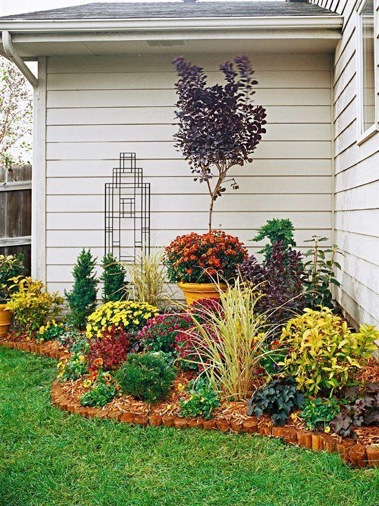 backyard landscaping ideas | BEFORE: Unkempt Corner AFTER: Beautiful Backdrop | Flower Beds