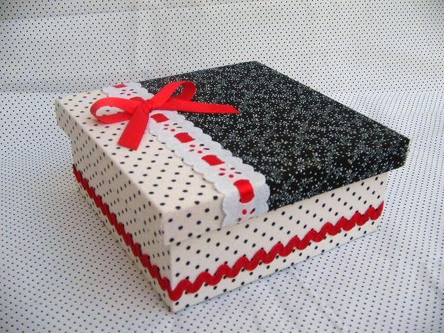 Decore a sua caixa de presente e a torne especial e única.