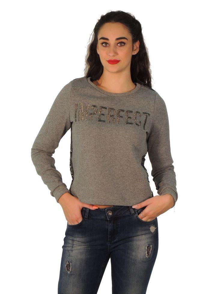 Scegli tra le tante #felpe ai #prezzimigliori, i migliori #brand solo per te. #jacket, #chaquetas solo su https://www.outletparmax.com/imperfect-iw16w26fg-felpa-donna.html