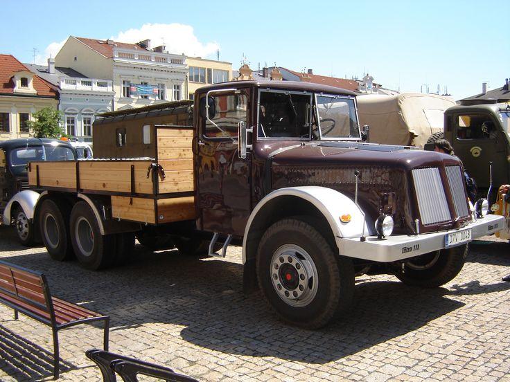 Tatra T111 6x6