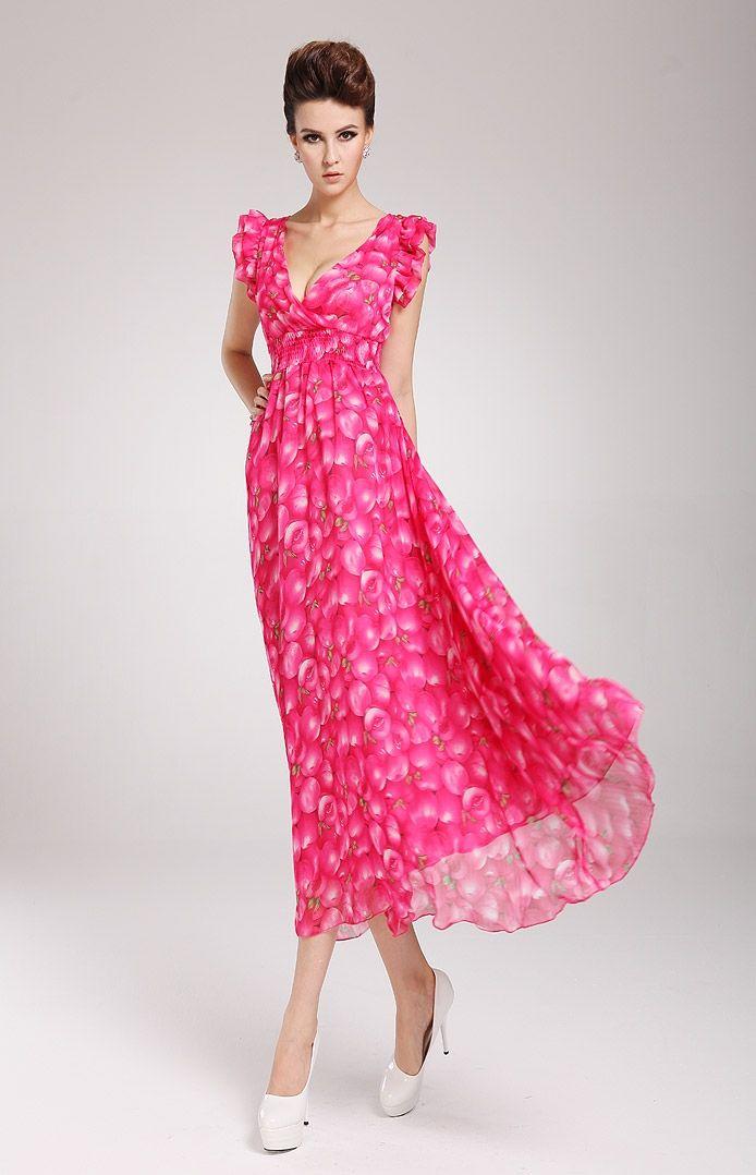 Jouez-vous du vent de l'été avec cette maxi robe fluide et virevoltante.
