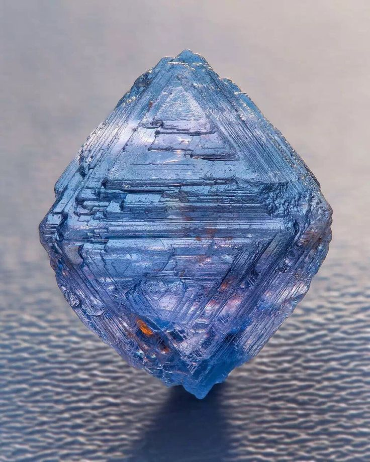 Natural blue diamond