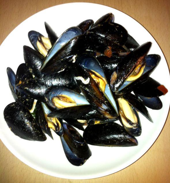 Pepata di cozze | Il Peschereccio | Lecce, Puglia  #cozze #pesce #mare #lecce #eat #puglia #italy #antipasto #foodtripandmore