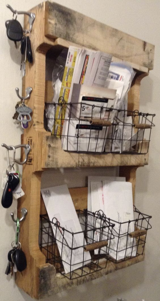 diy-key-holder of the industrial sort…this MIGHT hold up to hubs accumulation ;0)