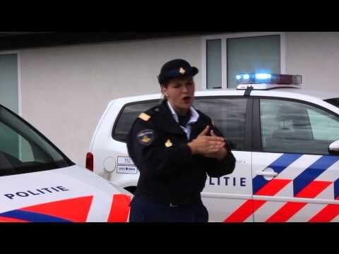 """▶ Gebarenvideoclip """"De Politie"""" NGT - YouTube"""