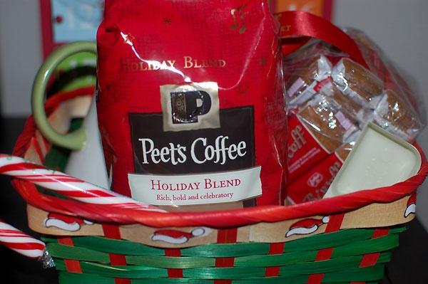 Easy & Frugal Gift Basket