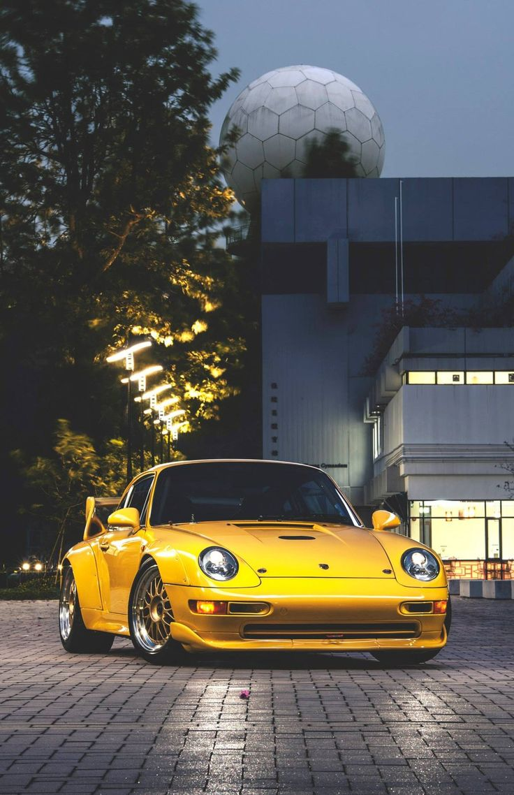 Porsche 911 on CarProperty.com