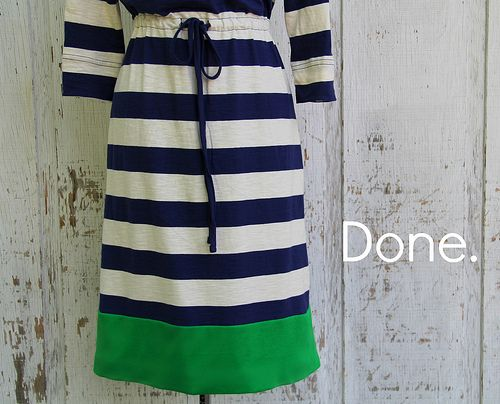 Lengthen your dresses with color-blocking.