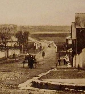 Looking down Bridge Street, Windsor. Carrington Hotel on right next to South Creek.