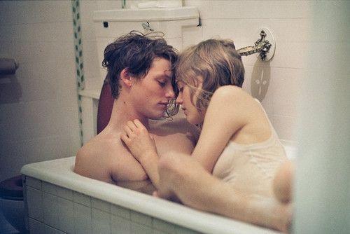 girl n boy nude bathing together
