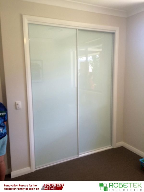 JAKE HARDAKER'S NEW BUILT-IN WARDROBE DONATED BY ROBETEK INDUSTRIES. Renovation Rescue for the Hardaker family as seen on A Current Affair. Call 02 9608 8899 for FREE MEASURE & QUOTE (Sydney metro area)