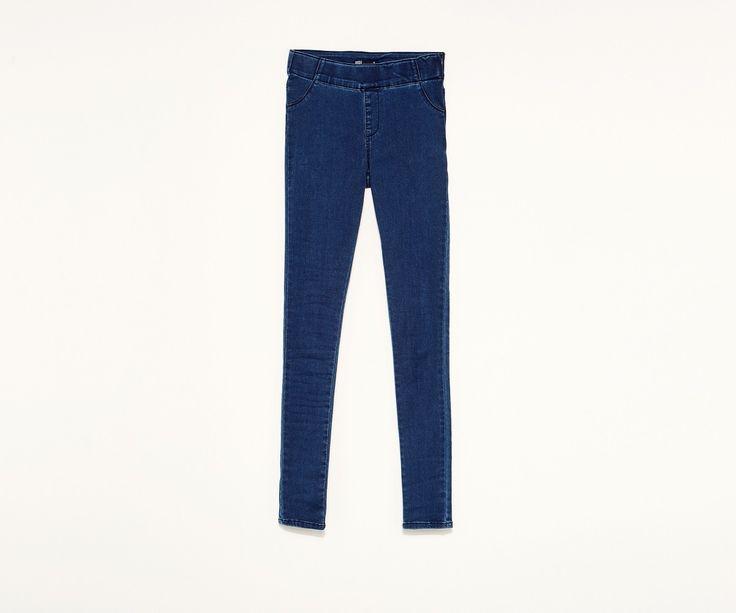 La mejor selección de prendas denim la encontrarás en SFERA online. Pantalones vaqueros, camisas vaqueras y cazadoras vaqueras entre otros. Mujer,Denim