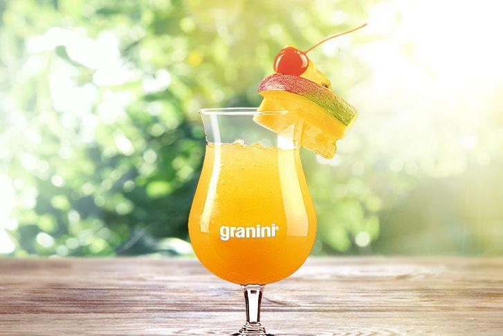 Der Zombie gehört zu den hochprozentigsten Rum-Cocktails. Ideal für jede Party oder um nach getaner Arbeit den Tag in aller Ruhe ausklingen zu lassen. #Zombie #Cocktails #recipe #summer #rum