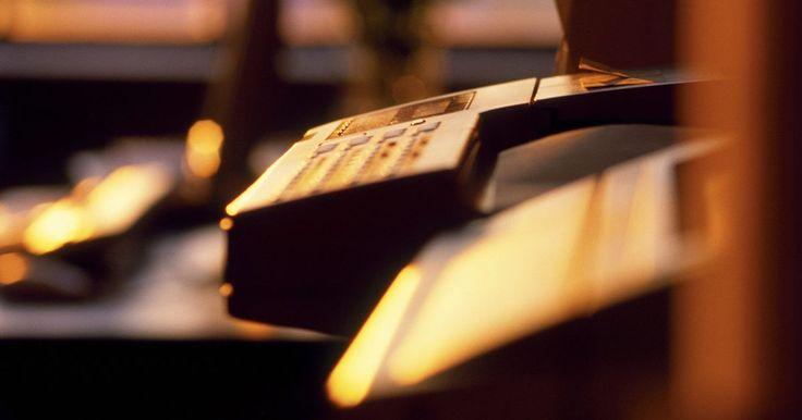 10 regras da comunicação empresarial escrita. As empresas dependem de diferentes formas de comunicação nos negócios para transmitir e receber informação, seja declarado direta ou indiretamente. A comunicação empresarial falada ajuda a facilitar as negociações, a construir bons relacionamentos pessoais e rapidamente delegar tarefas. A comunicação não verbal é uma ferramenta matizada que ajuda ...