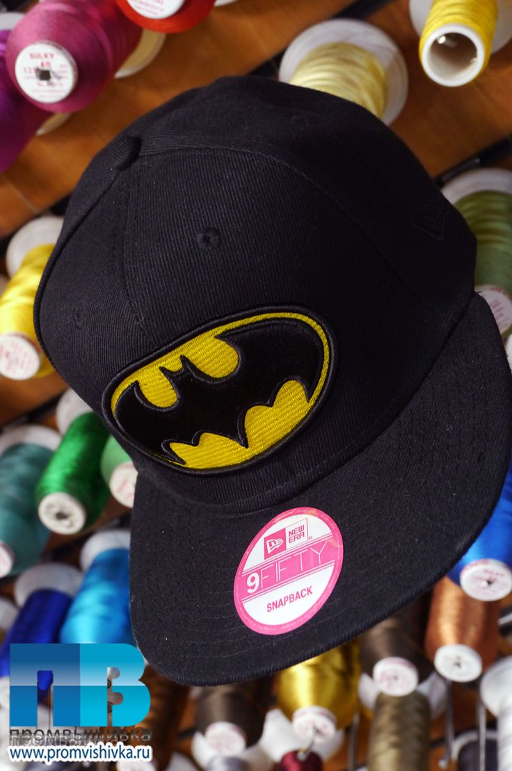3D-вышивка эмблемы Бэтмена на снепбеке