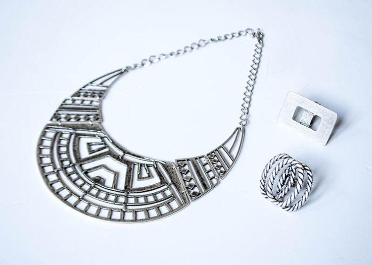 Óriás ezüst gallérlánc: 2490.- Gyűrű 990.-