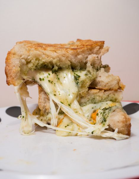 3-Cheese Pesto Grilled Cheeses w/ Blush Dipping Sauce