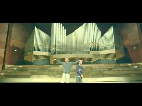 """AU REVOIR  - Sido feat. Mark Forster   (Official Video) -  """"es gibt nichts was mich hält, au revoir...ich hab meine Sachen gepackt, ich hau rein.... es wird nichts wieder sein wie es war, ich bin weg, weg  weg, au  revoir."""""""
