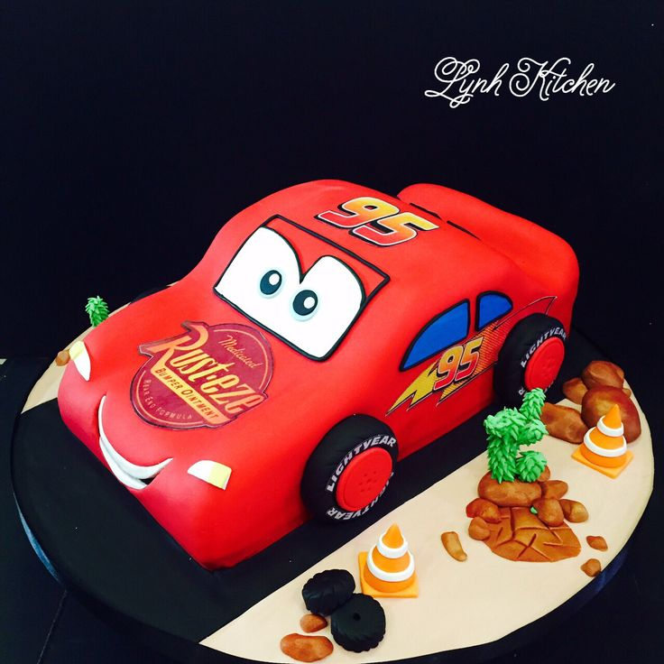 Birthday cake - Cars McQueen