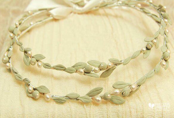Ancient Greek style wedding crowns with olive leaves #weddings #crowns #stefana #oliveleaves #bridaltiara #handmade #ancientgreekstyle #preciousandpretty