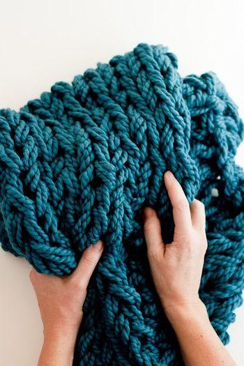 編み上がりはふっくらとやわらかい感じに。編み針で編んだ時には出せない独特な雰囲気に仕上がります。