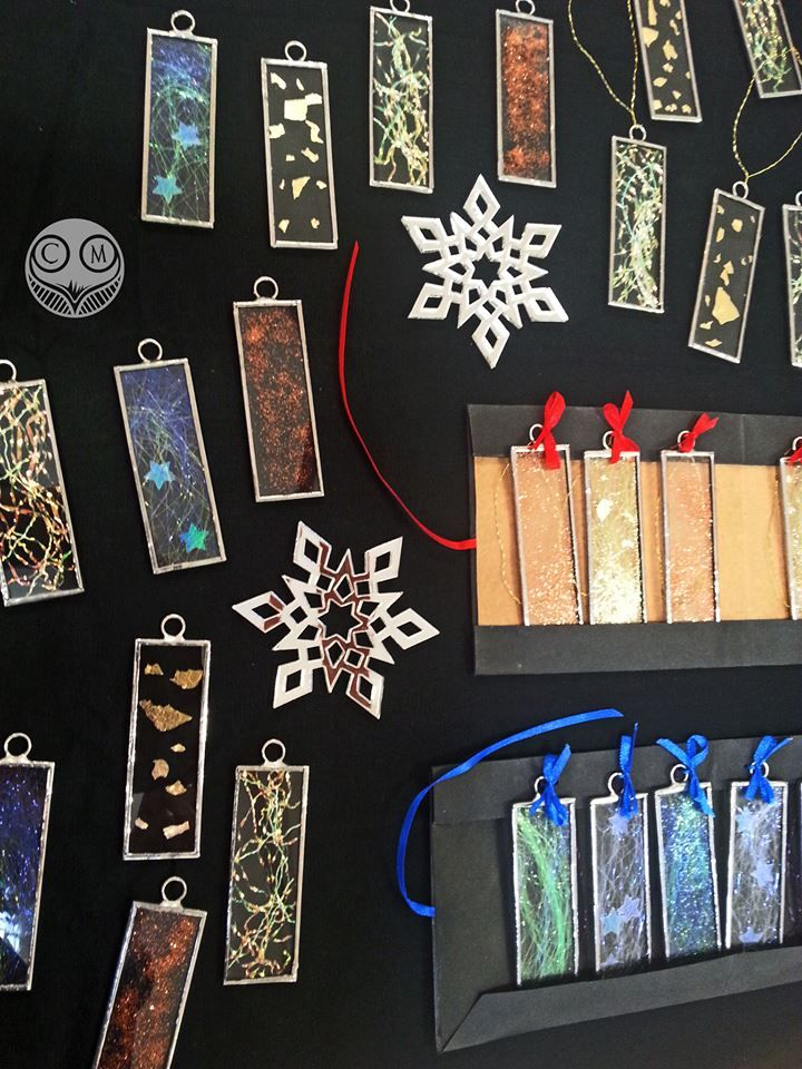 Carly Mann will be selling these gorgeous glass decorations on  Saturday! Click the pic to join the event!