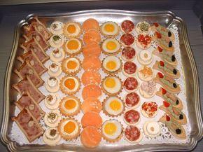 Con las cercanías de la Navidad ya empezamos a pensar en la cena de Nochevieja a la que asistirá toda la familia, o la de Nochebuena. Son noches de buen comer, donde la presentación y la buena cocina premiarán nuestra labor de anfitriones. Es lo normal que en los hogares españoles, en las mesas navideñas, no falten nuestro típico jamón ibérico, el plato de quesos variados o los langostinos. Son productos típicos que están en el pensamiento de todos cuando ponemos la mesa, pero tampoco es…