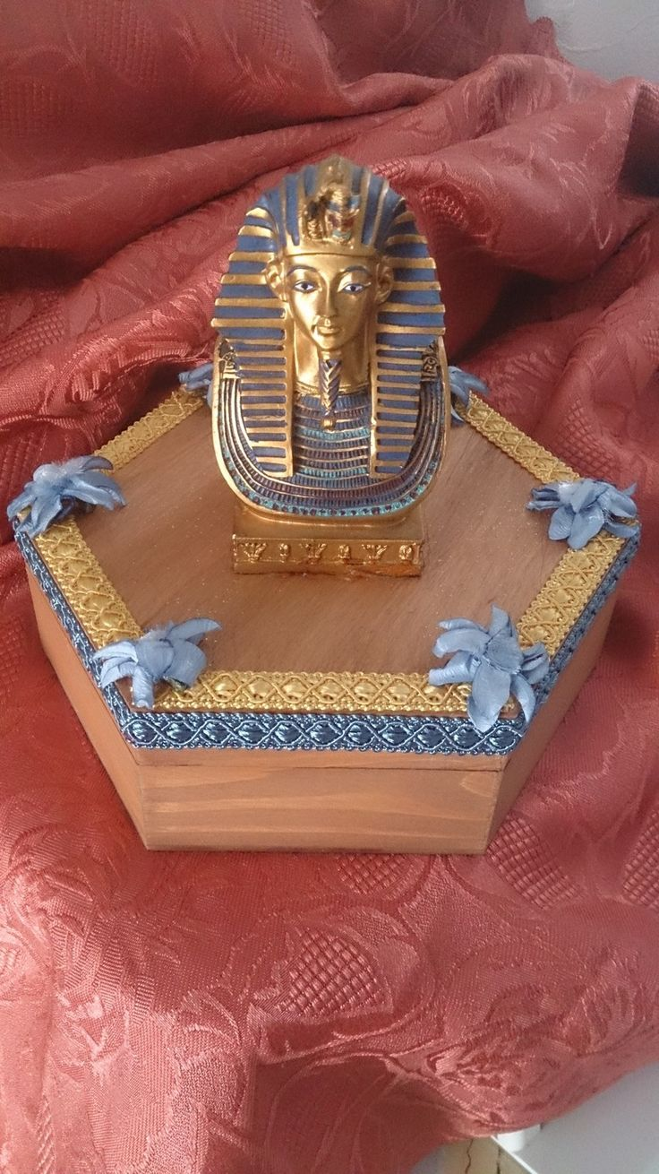 Coffret hexagonal en bois verni motif pharaon ! 20 euros : Boîtes, coffrets par bricolagepassion