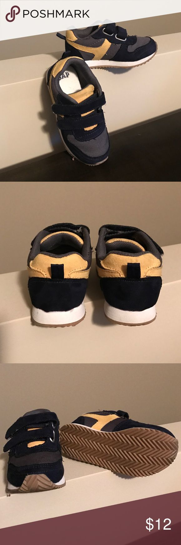 Toddler Gap Shoes Toddler Gap Velcro Tennis Shoes. Like new maybe only worn once. Size 7. Super cute GAP Shoes Sneakers