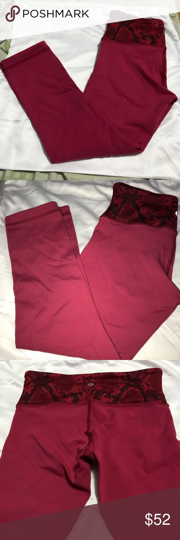 Lululemon Crop Leggings Crop leggings, color is a bit lighter than shown. It is shown better in the picture with flash. Worn a couple times, perfect condition. Very soft and stretchy. Feel free to make an offer or bundle up with other items and ill give a discount :) lululemon athletica Pants Leggings