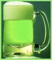 Cerveza Verde? Pues Sí, es cerveza + Curazao Azul..Pruébela y sorprenda sus invitado!