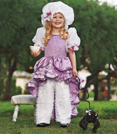 Val finally picked out her halloween costume...Little Miss Muffet!  She's so excited about the pet spider!  Love @Chasing Fireflies- such great costumes!