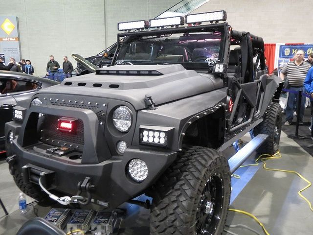 This goes out to my friend Jen she has some of the best running jeeps