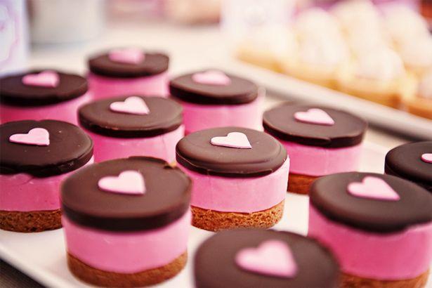 Valentijnsdag petit fours