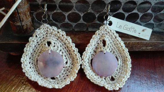 Guarda questo articolo nel mio negozio Etsy https://www.etsy.com/it/listing/495337088/orecchini-in-cotone-crochet-e