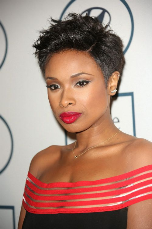 Jennifer Hudson Short Hairstyle with Waves