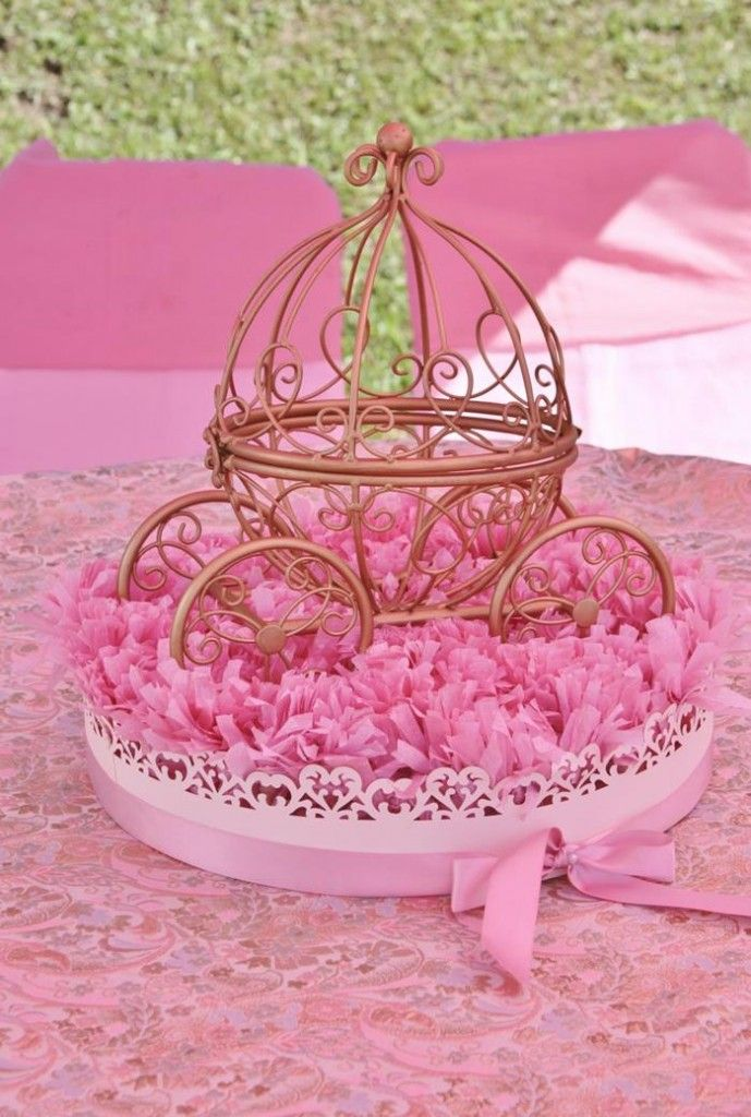Vintage Princess Party Carriage Centerpiece