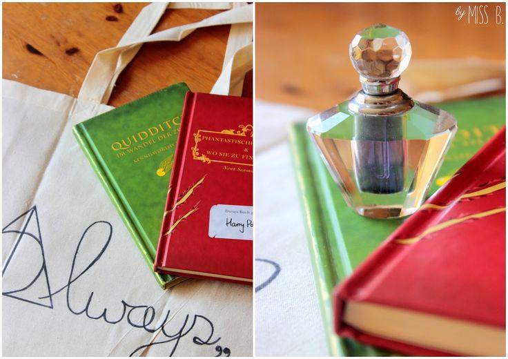 Heute geht es ab in die Winkelgasse. Mit unserem ersten Brief aus Hogwarts haben wir schließlich eine ganz besondere Einkaufsliste e...