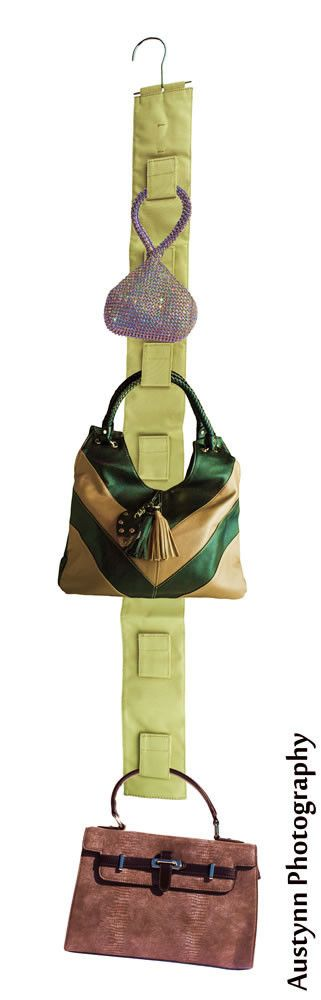 The economical easy-to-use solution for reclaiming closet space while organizing and protecting purses and handbags. The single-sided Handbag Hangup; hangs on closet rods, hooks or just plain nails an