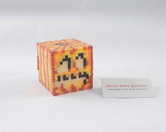 Perler Bead | Artkal Perlen | Bead Sprite verschmelzen | Pixel-Kunst | Faux Kerze Jack-o-Lantern | Inspiriert von Minecraft | Anpassbare
