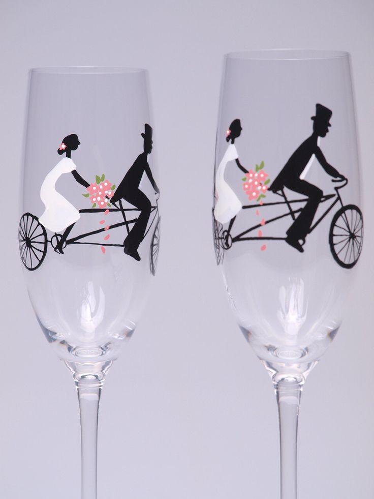 Hand Painted Decoration Wedding Toasting Flutes Set Of 2 Personalized Champagne Glasses Groom And Bride On